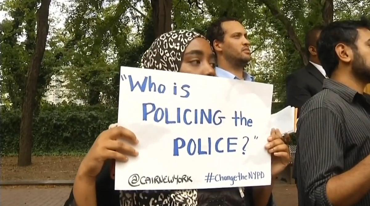 CAIR-Who-is-policing-the-police-sign